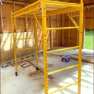 Werner 6.14ft x 6.167-ft x29 1000Ibs scaffold